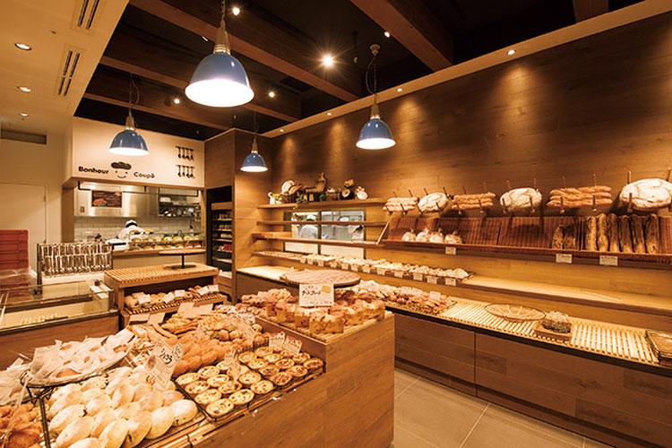 نور پردازی در فروشگاه برنج