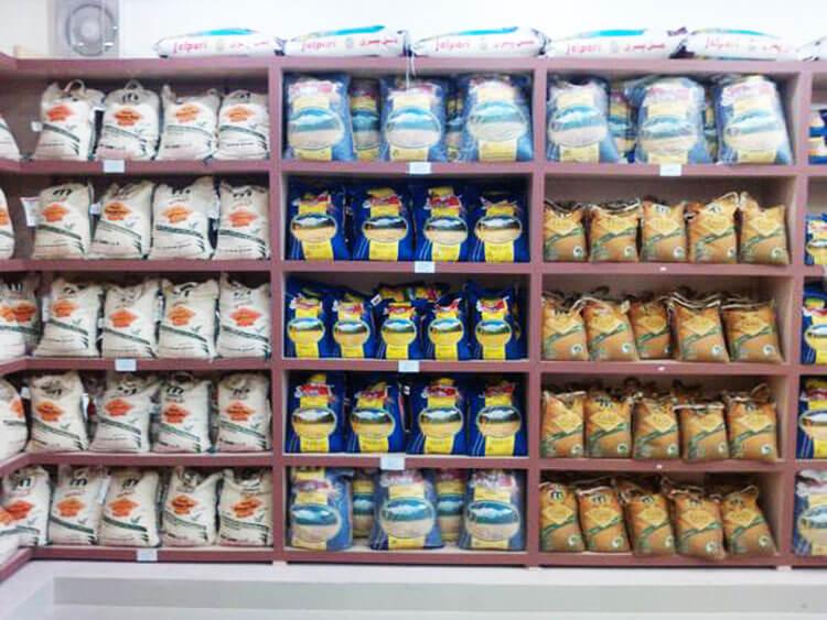 چیدمان حرفه ای در فروشگاه برنج