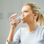 آب زیاد بنوشید تا بتوانید در درمان دیابت موفق شوید